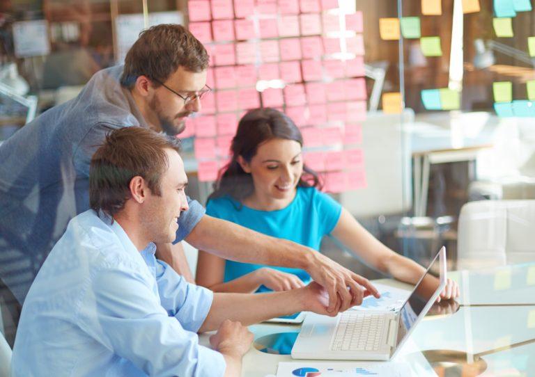 Badania w Customer Experience – liczby czy opowieści - artykuł CEM ProOptima